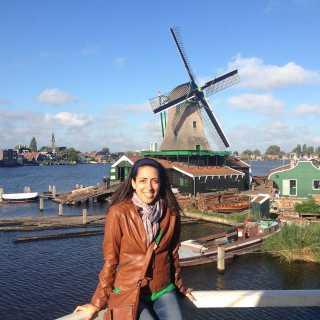 NadineGhanem avatar