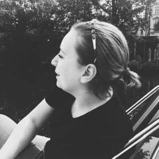 PolinaPerova avatar