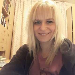 AnnaJoanidis avatar