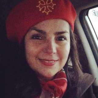 CarmenGloriaSalmon avatar