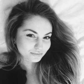 ElenaFabrichnaya avatar