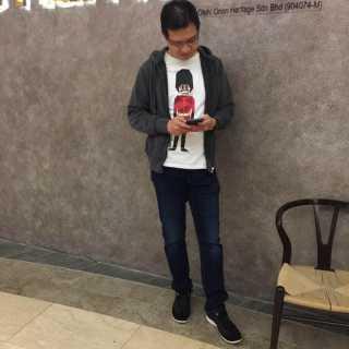 AdrianKam avatar