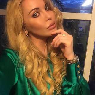 AnastasiaLiukshinova avatar