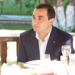 MakarPetrosyan avatar