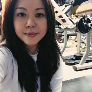 CharmaineJong avatar