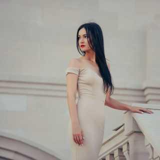 AureliaSarari avatar