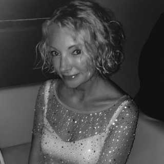EllaFischer avatar