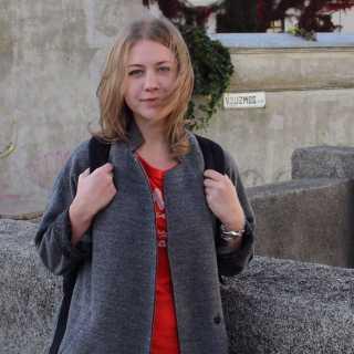 DariaGulyaeva avatar