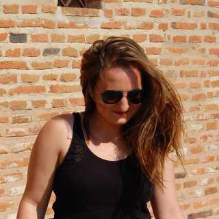 AnaMirica avatar