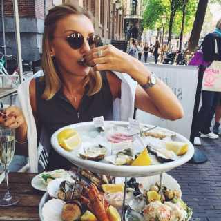 KristinaSergeevna avatar