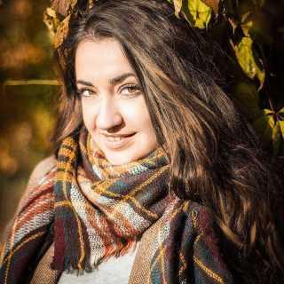 AlyonaStrakhova avatar