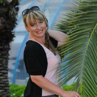 LiliannaSkok avatar