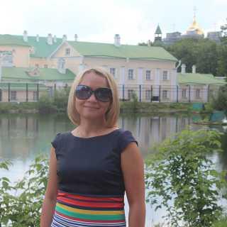 IrinaKhoruzhaya avatar