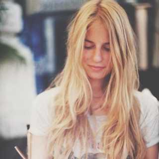 AnyaKhlusova avatar