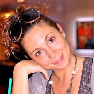 JuliaLis avatar