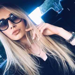 AlinaKosh avatar