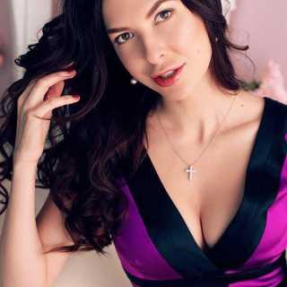 KaterynaBakhmutova avatar