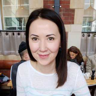 JuliaKim avatar