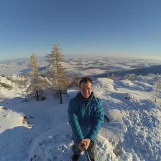IlyaKomarov_2c42c avatar