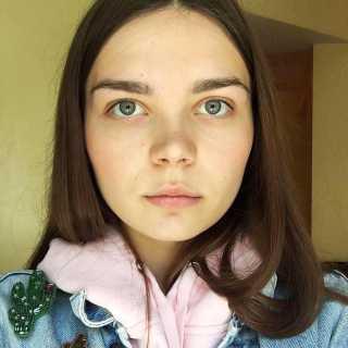StacieShakirova avatar