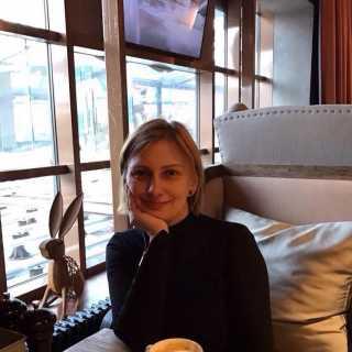 AlenaKomarova_21e47 avatar