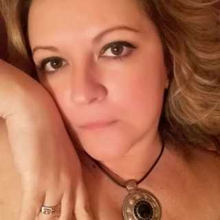 ElenaOllo avatar