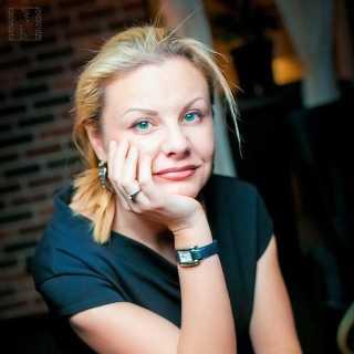 PolinaArtemenko avatar