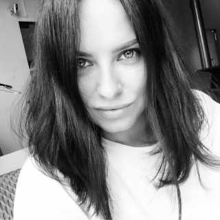 AlenaVoznesenskaya avatar