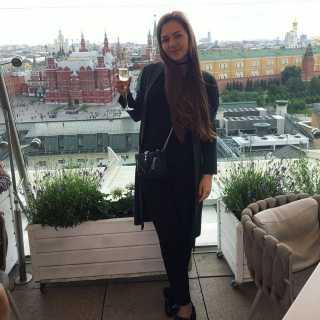 JulieVoitsehovskaya avatar