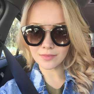 KseniaManaenkova avatar