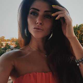 AnastasiaYudina_8c6b6 avatar