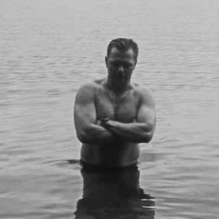 AlekseyFomin avatar