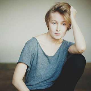 DaryaSazonova avatar