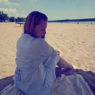 AlexandraSimon avatar