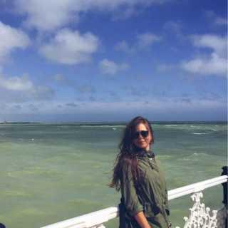 NatalieKerechanyn avatar