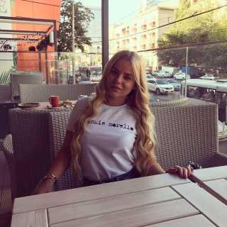 KristinaKononenko avatar