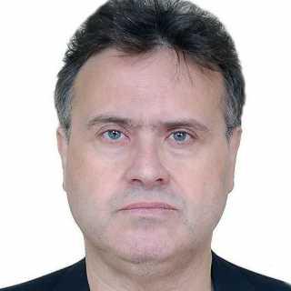 AntonisPaparis avatar