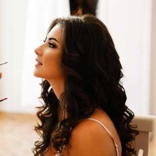 AlinaKhamrakulova avatar