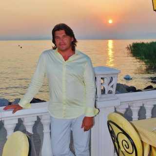 VladimirGlazunov_83424 avatar