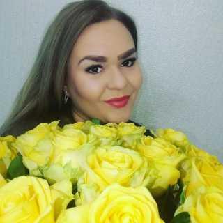 AnyaAnya_b2fe8 avatar