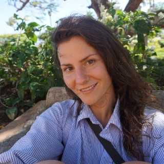 LisaStavrovskaia avatar