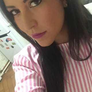 JuliannaStepuro_5e0d9 avatar