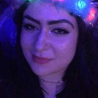 LaylaAyhan avatar