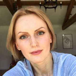 NataliaCalkam avatar