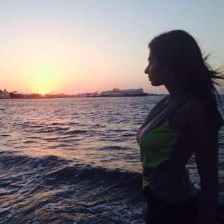 LarissaKanaris avatar