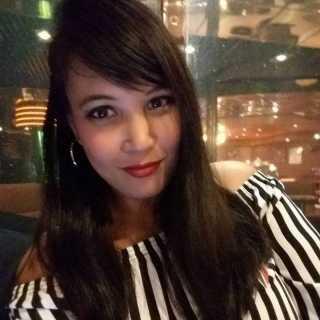 ThiparatHengcharoen avatar
