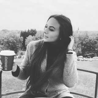 AlinaAndrejevskaja avatar