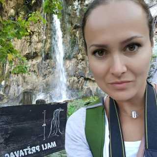 LanaAlex avatar