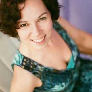 AlisonChik avatar