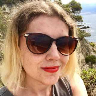 AnnaPulyaeva avatar
